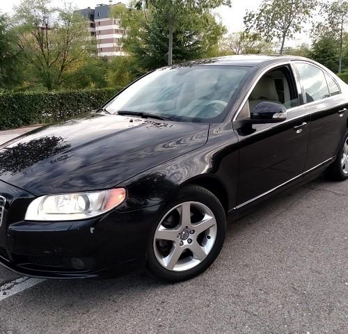 pm014 alquiler sedan volvo s60 vehículos de escena negro madrid front tyreaction