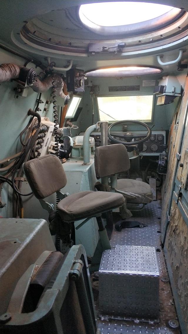 pm014 alquiler vehiculo blindado 6x6 tanqueta militar bmr películas belicas español madrid tyreaction marrón int