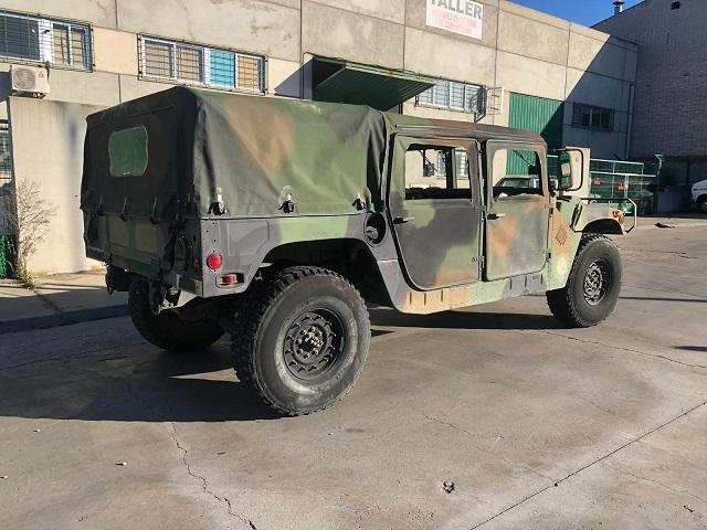 pm014 alquiler vehiculo blindado hummer h1 militar humbee películas belicas español madrid tyreaction verde tras
