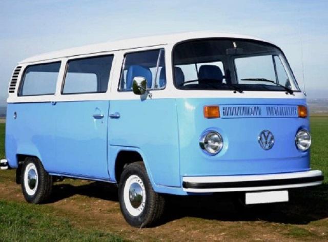 pm0011 alquiler volkwagen t1 t2 hippie camper madrid vehículos de escena azult yreaction front