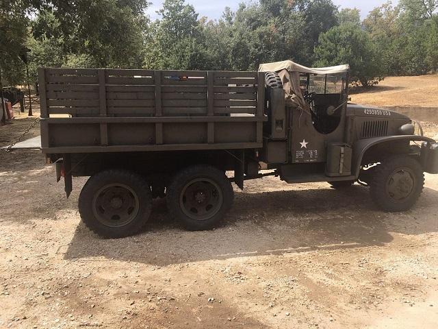 pm014 alquiler camión militar americano verde vehículos de escena bélicos madrid tyreaction lat