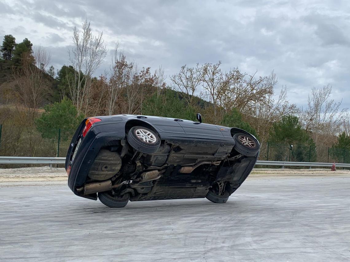 reportaje muy interesante cómo ser especialista de cine tyreaction stunt drive school 4