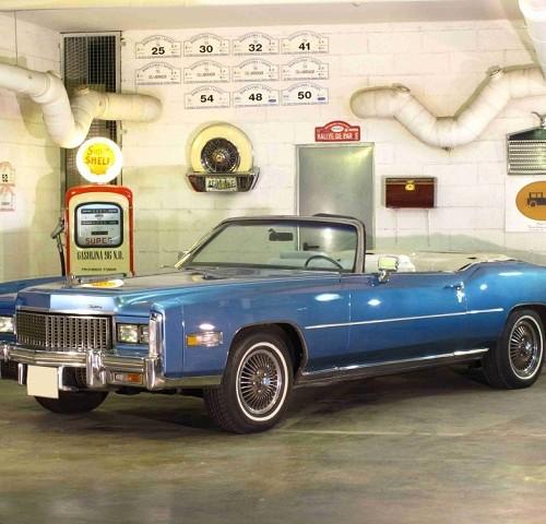 p0050 alquiler cadillac Eldorado descapotable cabrio tyreaction azul 1976 front